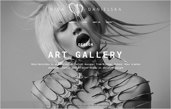 Nika Danielska Gallery MotoCMS-based Website